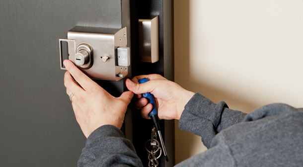 Locksmith Springbank